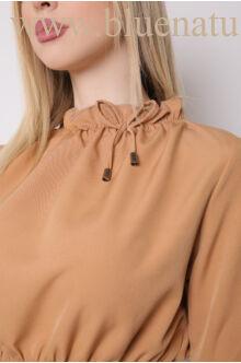 Húzott nyakú ruha (szövet) - TERESA - Camel