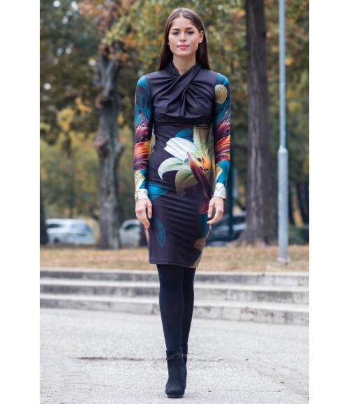 Maja elöl csavart ruha